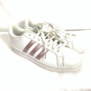 Adidas 3 Stripes Sneakers Size 9